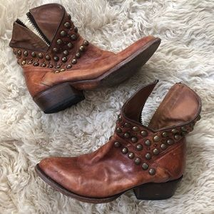 distressed leather stud short cowboy boots